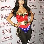 kim-kardashian-wonder-woman-costume