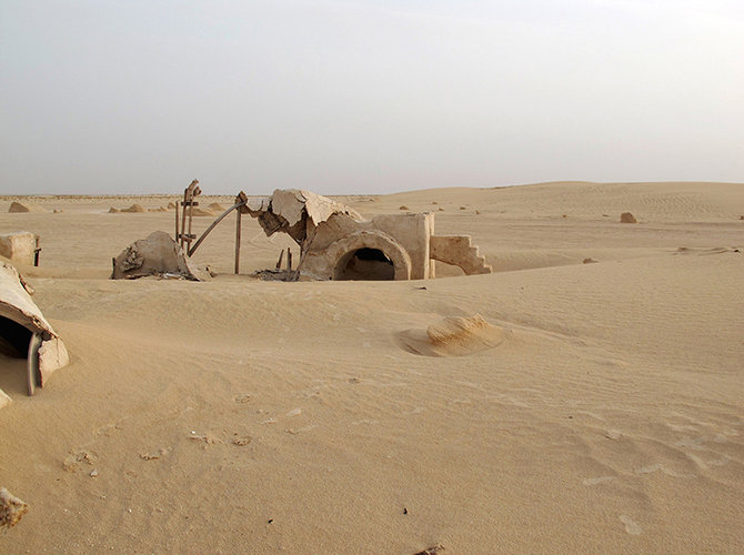 1672518-slide-no-more-star-wars-ruins