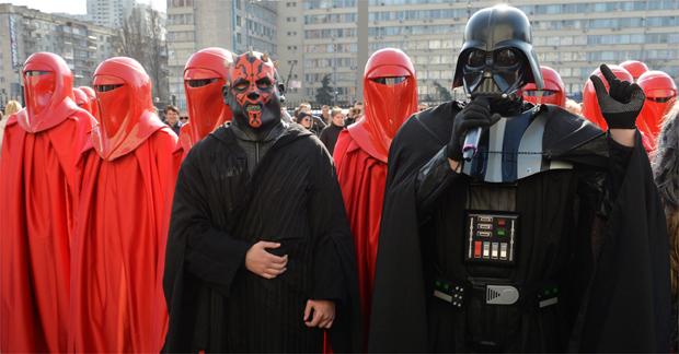 Ao lado do Lorde Sith em protesto em Kiev