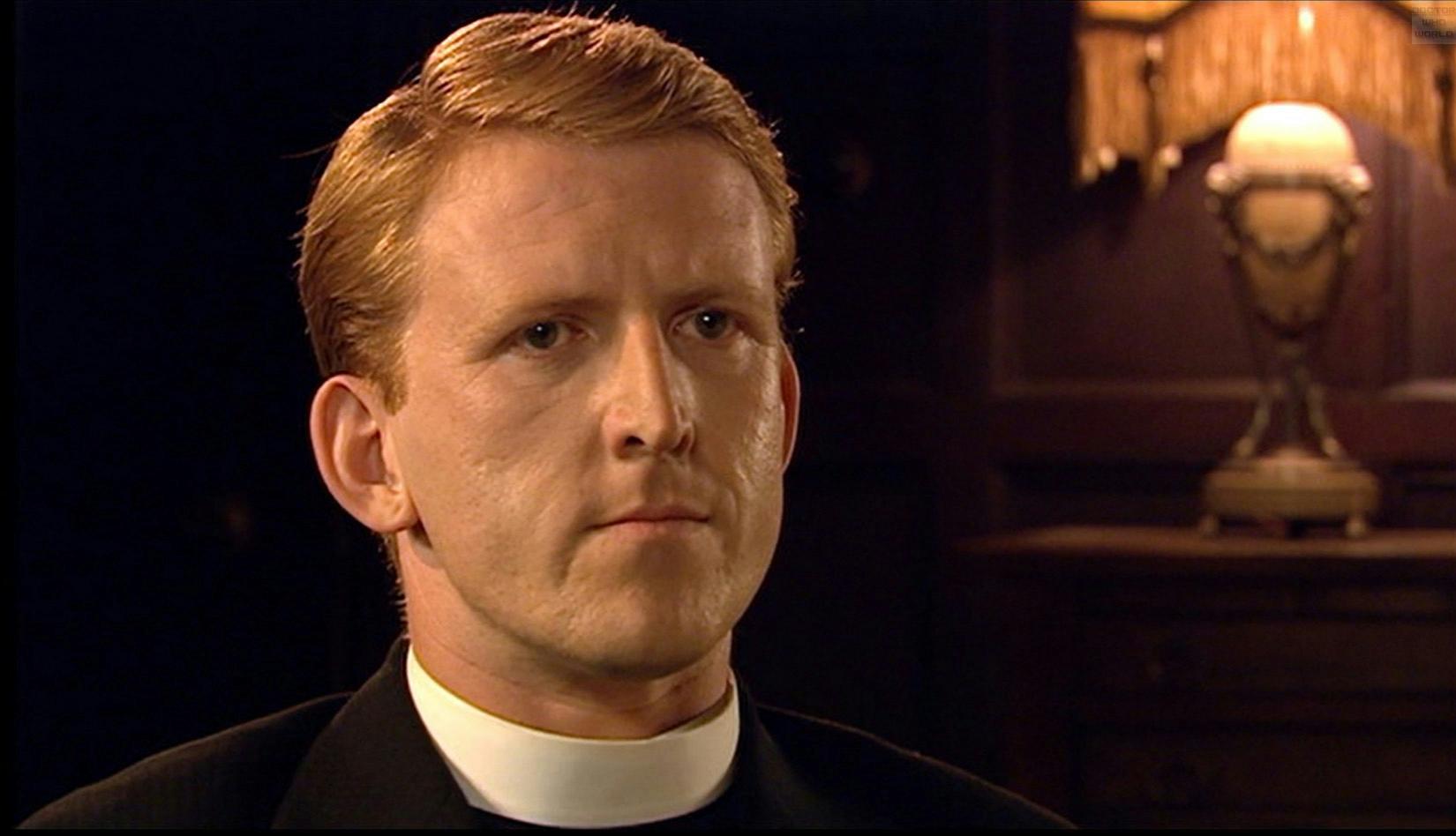 Tom interpretou o Reverendo Arnold Golightly, no episódio The Unicorn and The Wasp, da quarta temporada - episódio em que o Doutor e a Donna conhecem Agatha Christie, em 1926.